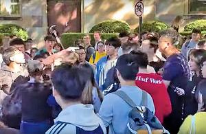 昆士蘭大學貼連儂牆 港留學生遭大陸學生圍攻