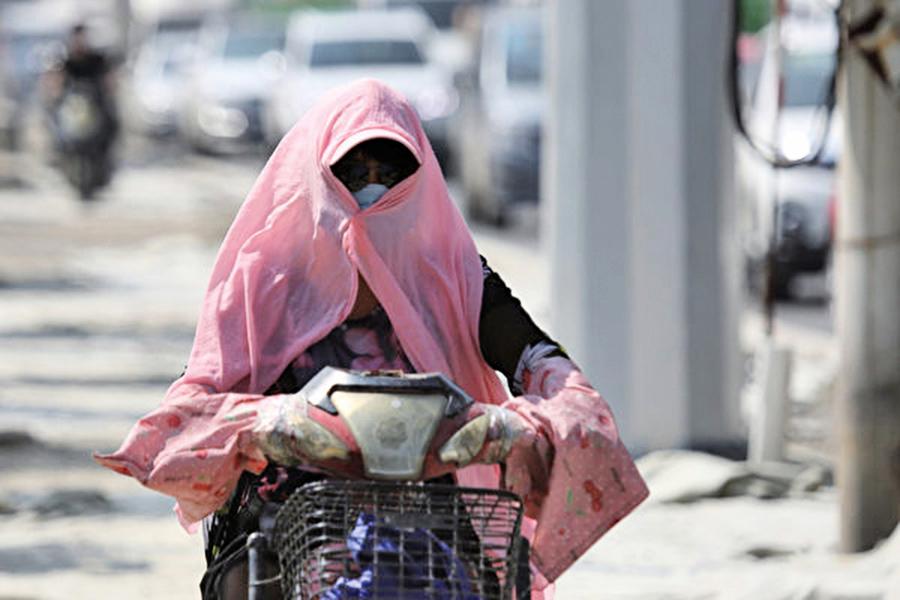 陸多地高溫破40℃ 京繼續「蒸桑拿」