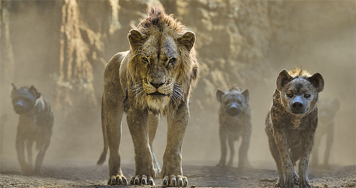 鬣狗追殺年幼的辛巴與娜娜。