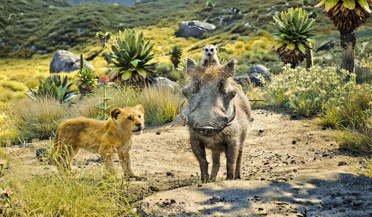 流浪期間,辛巴遇到了疣豬彭彭和狐獴丁滿,幫助牠走出憂慮。