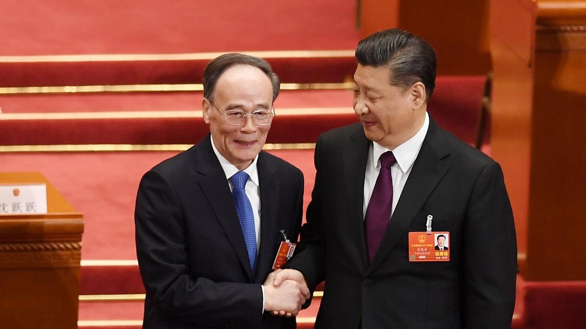 王岐山擔任常委時,與習的配合被稱為是「習王體制」。王滬寧上位可稱為「新習王」體制。(GREG BAKER/AFP/Getty Images)