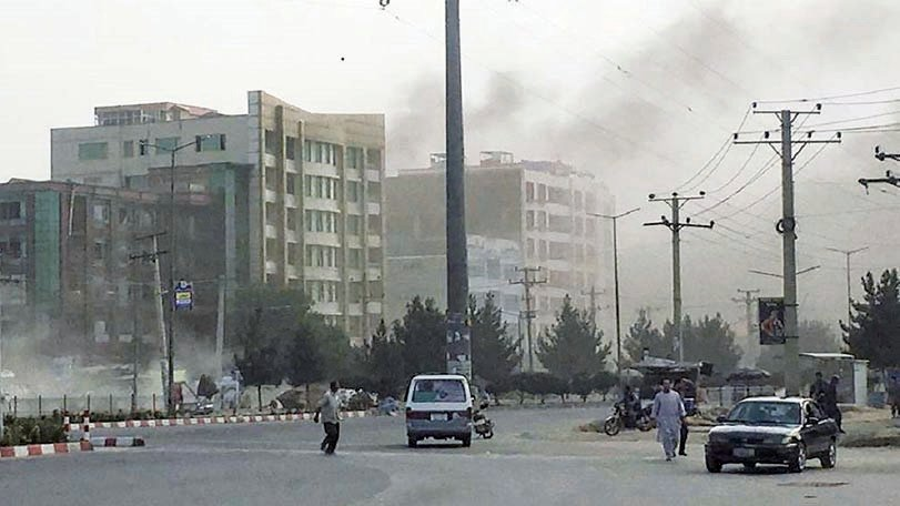 阿富汗大選啟動首日競選活動,首都喀布爾發生爆炸。(Getty Images)