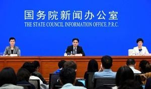 港澳辦首對香港局勢表態 英媒:玩兩面手法
