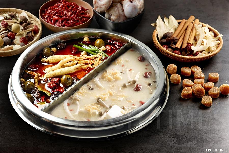 美滋鍋主打的兩款火鍋湯底——膠原蛋白養顔美容鍋與滋補養生香辣鍋。(受訪者提供)