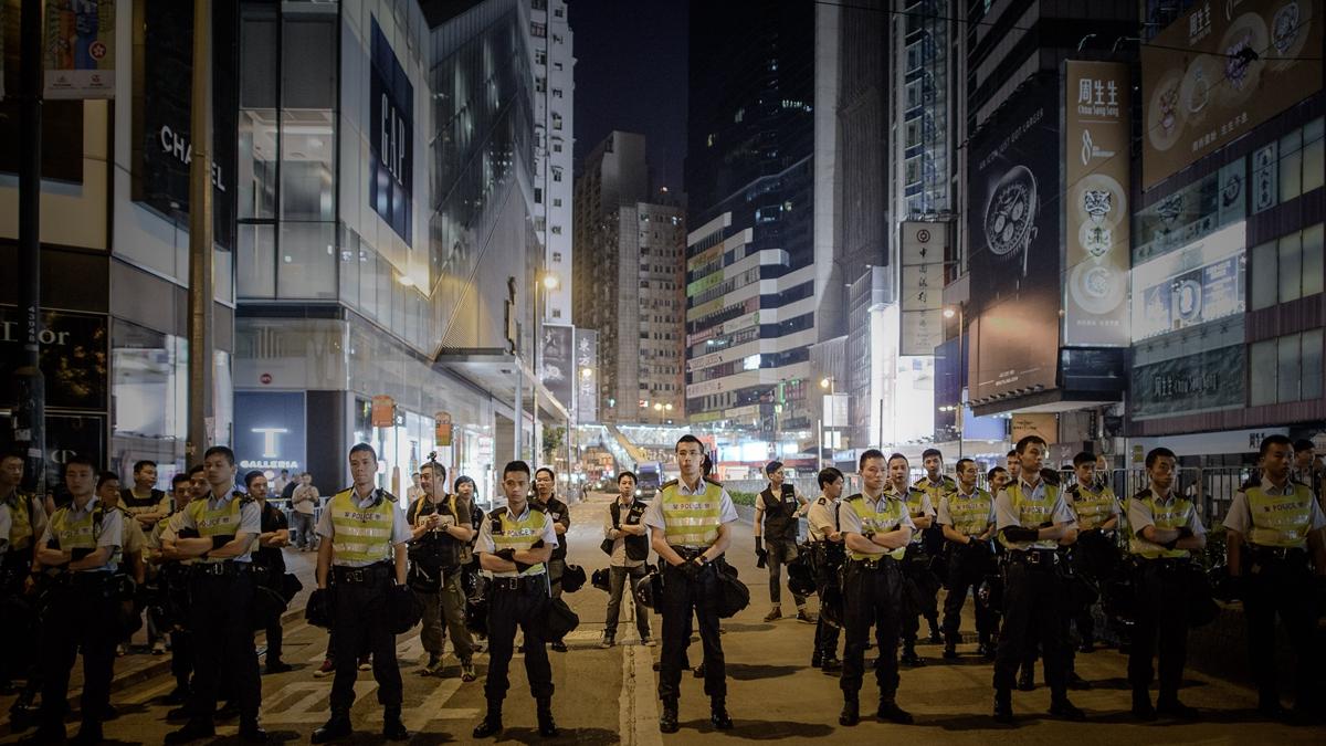香港「反送中」抗議活動持續發酵中。中共是否會動用駐港部隊鋌而走險實施武力鎮壓?( PHILIPPE LOPEZ/AFP/Getty Images)