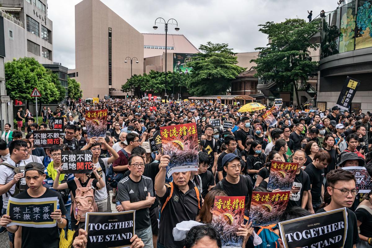 香港反送中越演越烈之際,駐港部隊司令員陳道祥,對香港目前的局勢強硬發聲,引發輿論猜測。(Anthony Kwan/Getty Images)