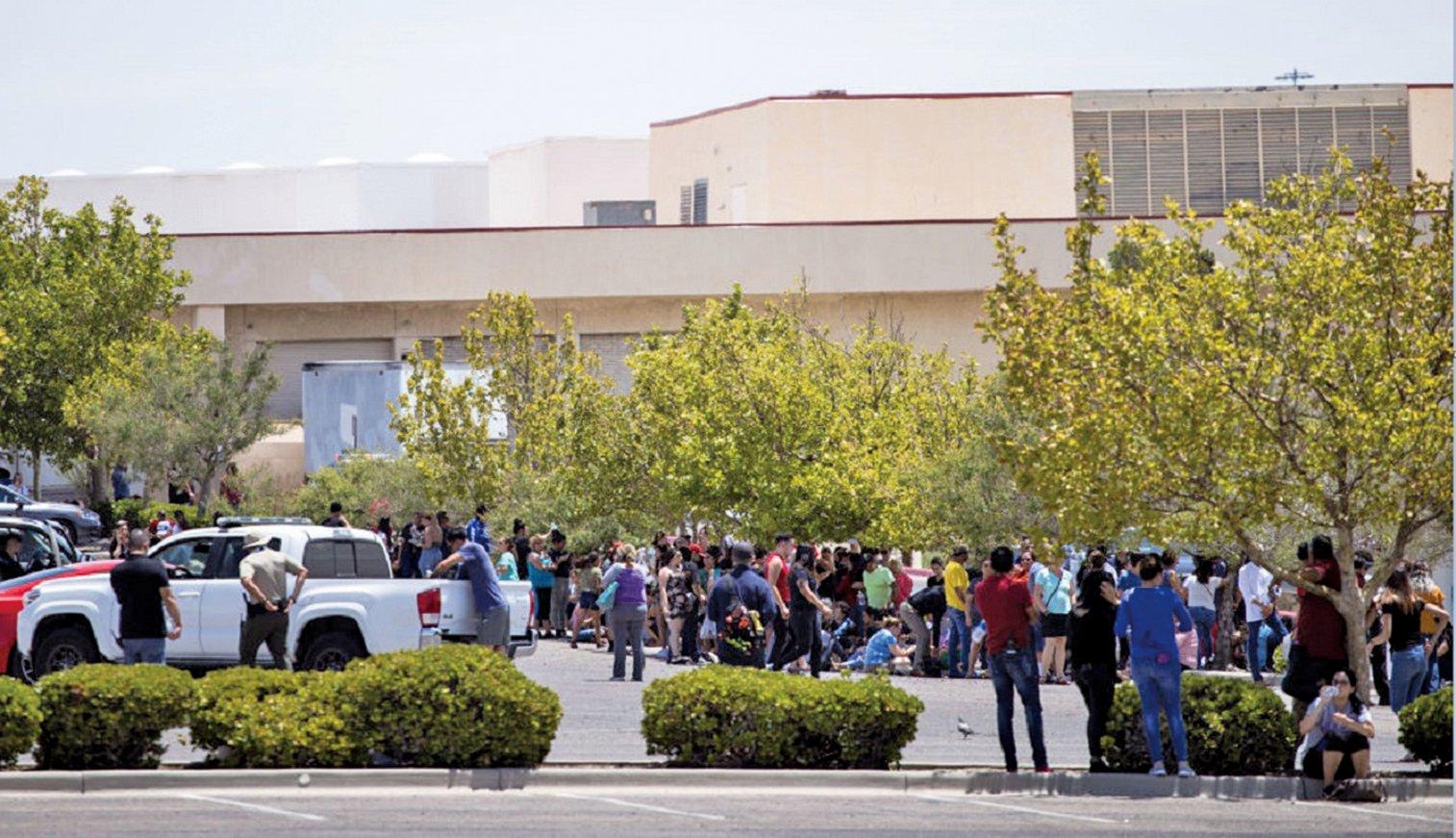 2019年8月3日,德州艾爾帕索市沃爾瑪賣場,發生槍擊案,已造成20死、26傷。(AFP)