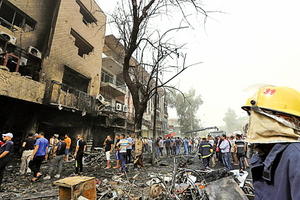 伊拉克連環炸彈襲擊至少82死200傷