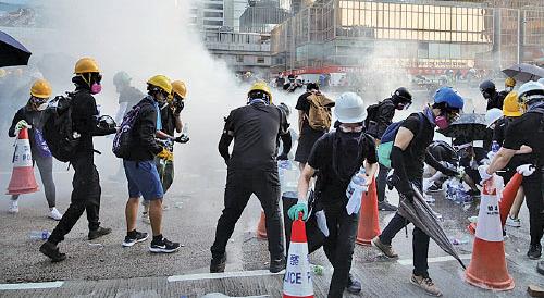 香港面臨失控