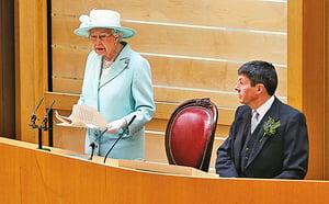 倫敦數萬人抗議脫歐 女王:面對動盪要冷靜