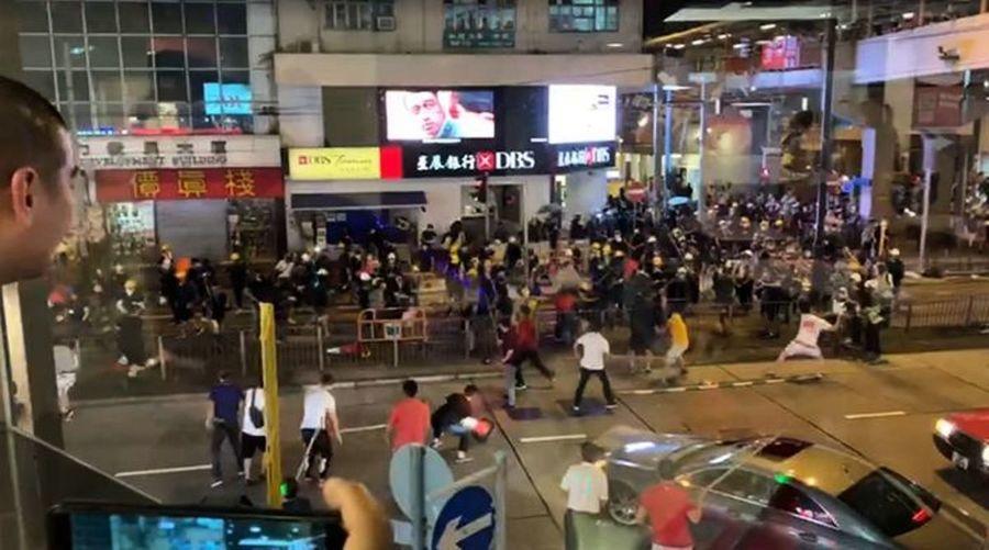 【8.5反送中】北角白衣人襲擊示威者被擊退
