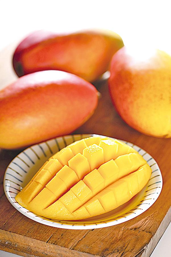 芒果為著名的熱帶水果,其果肉細膩,風味獨特。