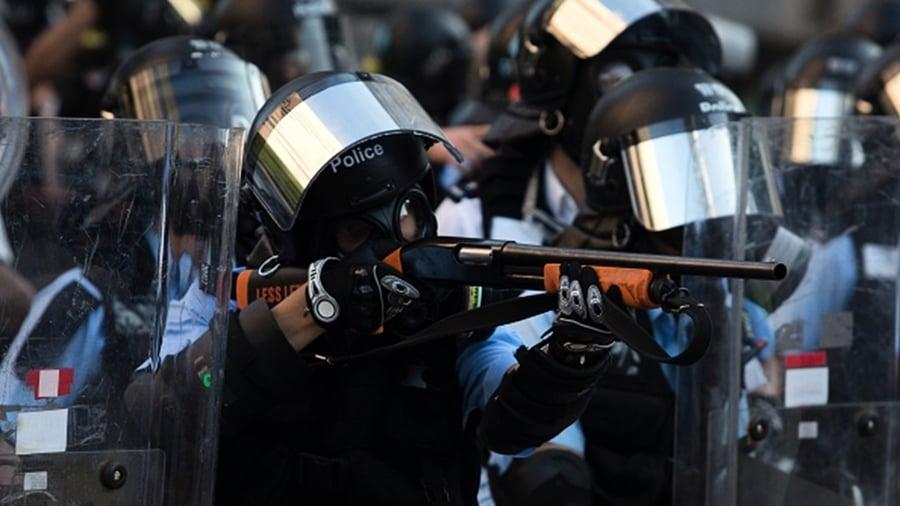 香港「警黑」遍地 22國家發旅遊警示