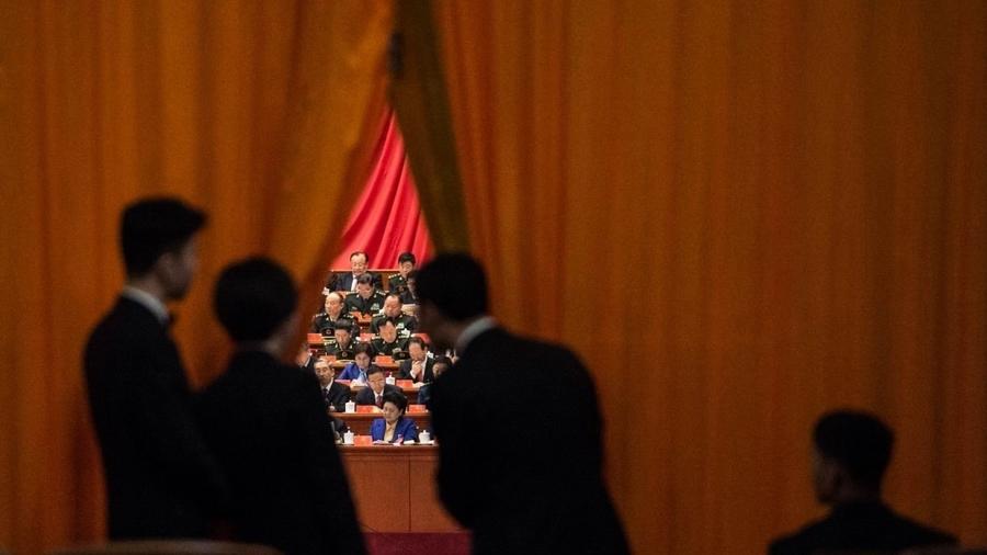 分析:北京開兩個戰場 有人等習近平出事