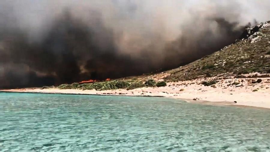 高溫強風助長 希臘一天逾五十場野火