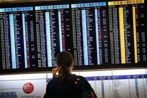 香港機場恢復工作 今仍逾200班機取消