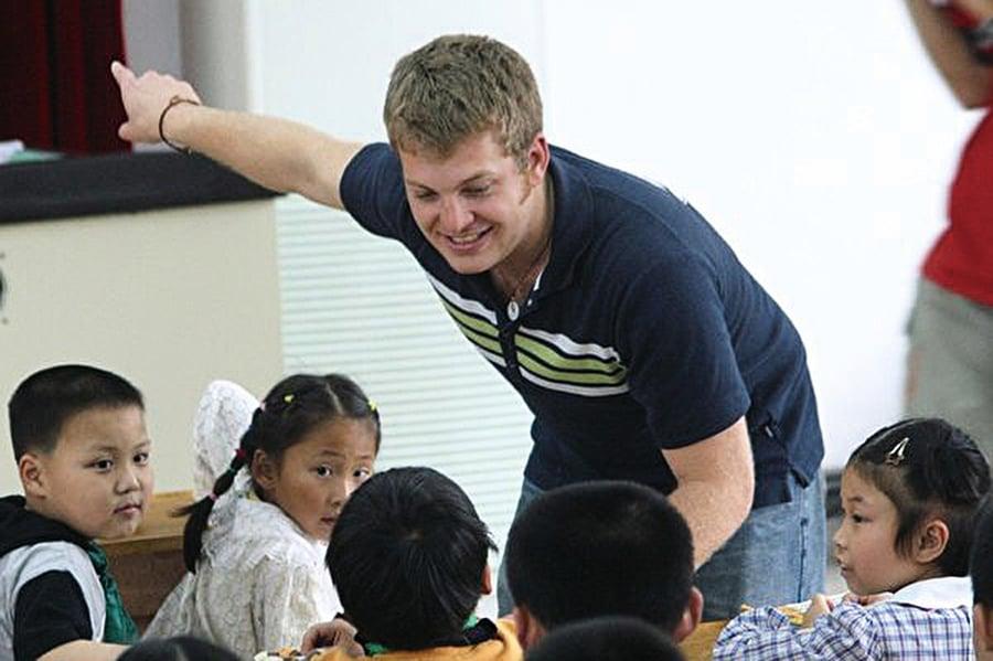 中共逮捕外籍教師 半年激增四至十倍