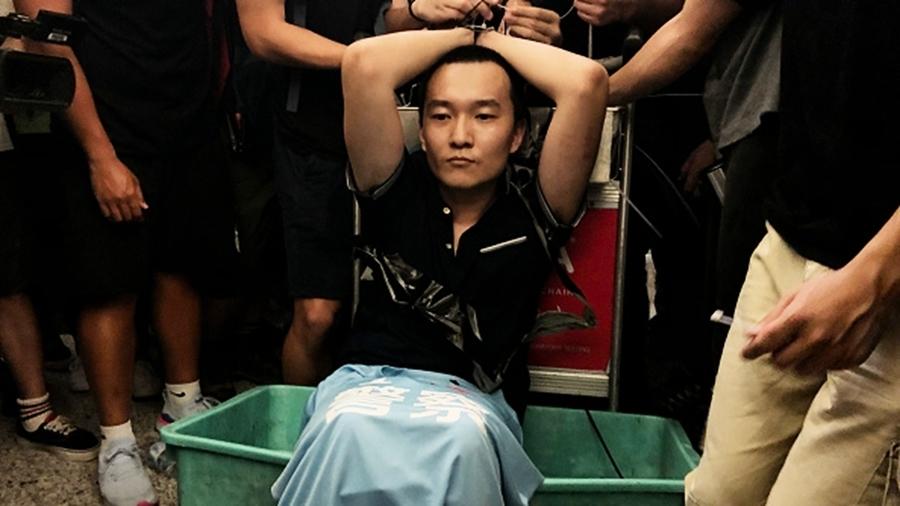 香港怒打中共臥底內幕:有示威者手筋、腳筋被挑斷