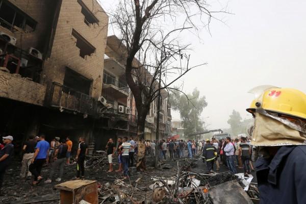 巴格達購物區連環炸彈襲擊 至少126死147傷