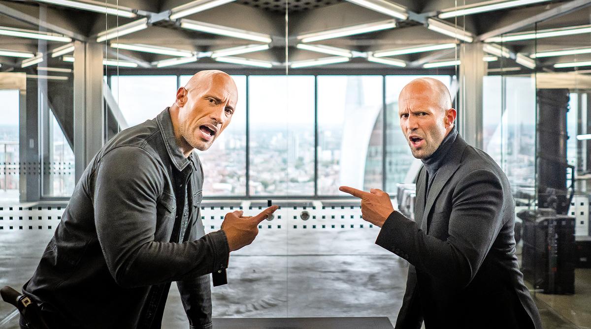 兩位主角狄卡(右)和路卡(左)總是不斷貶損、挖苦對方,且毫不服輸,宛如兩頭鬥志堅強的公牛。