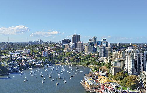 中國人在澳洲購房的熱情高,房產投資預計將創新高,澳洲各大銀行已經相繼採取限制貸款的措施。(簡玬/大紀元)