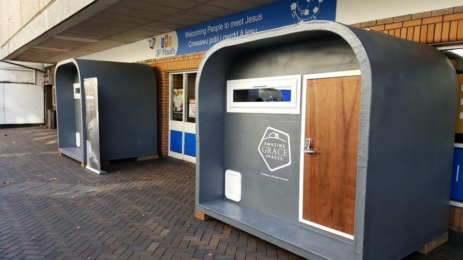 露宿者的安樂窩! 英法民間設計組裝安全溫暖小屋
