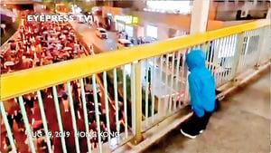 男童領喊「香港人加油!」網友感動:我們為你們的未來而努力
