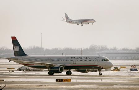 美五大航空公司同步調漲票價 專家稱罕見