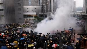 港警開槍鎮壓升級 北京「出兵死線」凶險難料