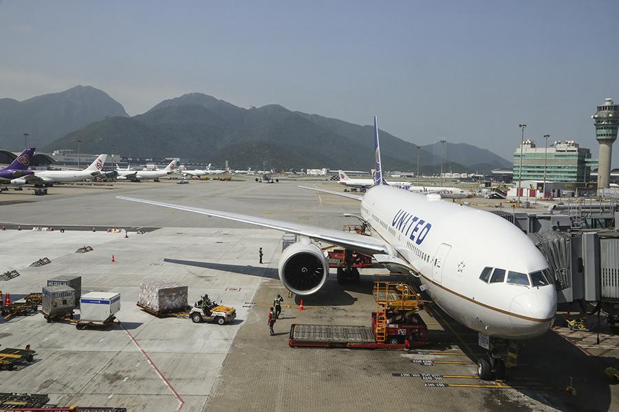 奧克蘭的房地產經理人日前表示,香港的緊張局勢促使一些居住在那裏的紐西蘭人考慮回國,圖為香港國際機場。(余鋼/大紀元)