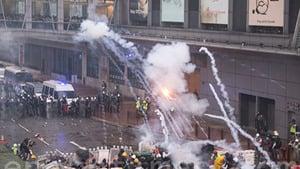 專家:從無警到武警 香港警隊摧毀多年信譽