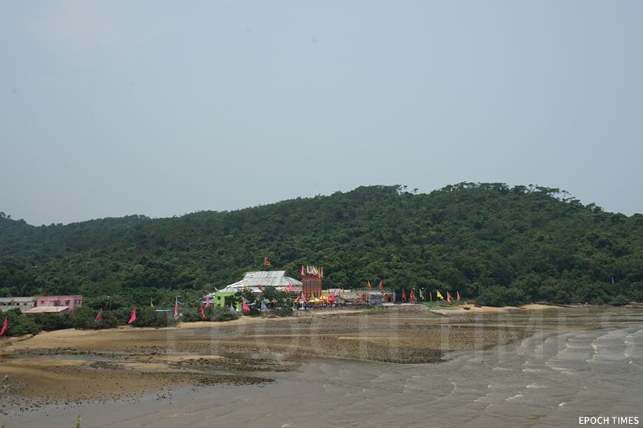 沙螺灣沙灘一景。(曾蓮/大紀元)