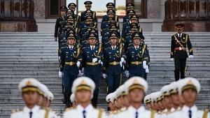 北京宣佈最大規模閱兵 內外交困為「沖喜」?