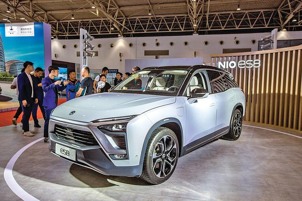 蔚來汽車 3 年多來虧損纍纍,其董事長兼 CEO 李斌發佈內部信,宣佈將在9 月底前裁員至7,500 人左右。(大紀元資料室)