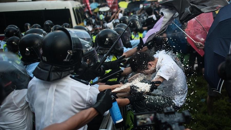 港媒:想逼香港投降?中共畫虎不成反類犬