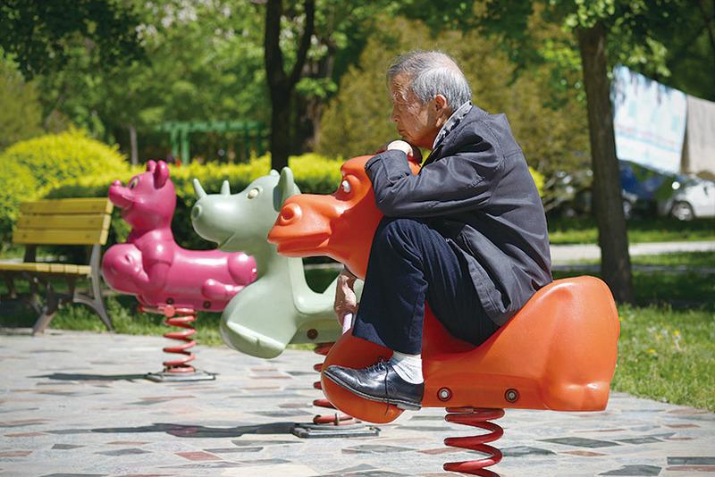「中國特色」的中國養老一直以來備受詬病。圖為北京某居民區一退休老人。(Getty Images)