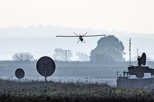 以色列新技術 可反制敵軍無人機為己用