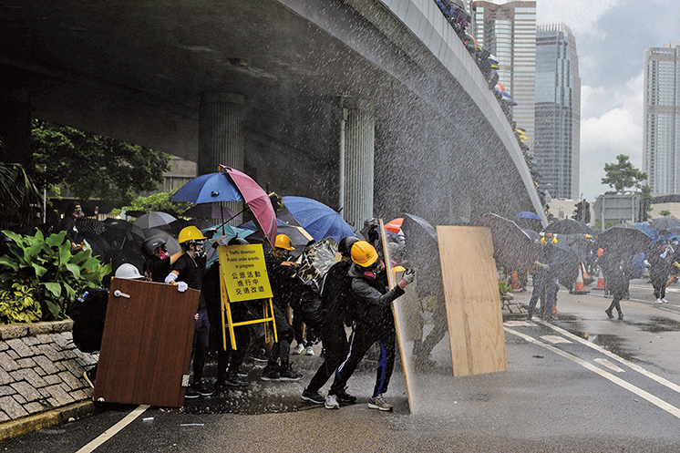 美媒記者的推文:一個近距離的香港