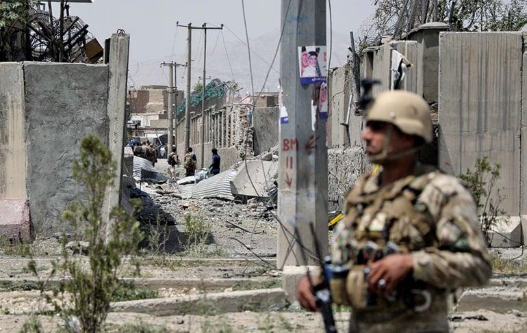 美國首席談判代表哈里札德2日表示,已和塔利班達成和平協議草案,美國將在135天內,將5,400名美軍撤出阿富汗。示意圖。(AFP)