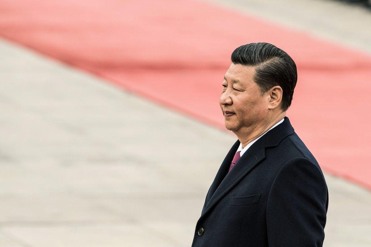 香港時事評論員蕭若元認為,林鄭內部錄音外洩,是由習近平授意林鄭自己放料。(Kevin Frayer/Getty Images)