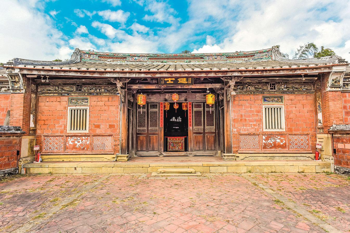 自宋以來,殿試只排名次不會黜落。即,通過會試的都是進士。圖為台灣台中傳統進士府。(Shutterstock)