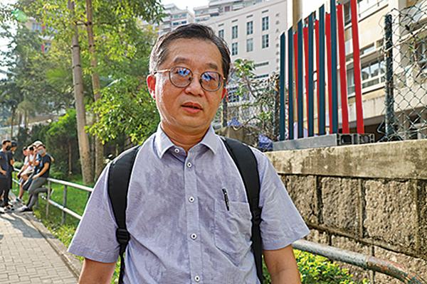 圖為受訪者、培正校友吳永輝。(梁珍/大紀元)