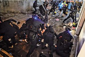 休班警員將獲發一萬支警棍