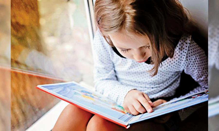 研究:家長大聲朗讀 孩子更加聰明善良