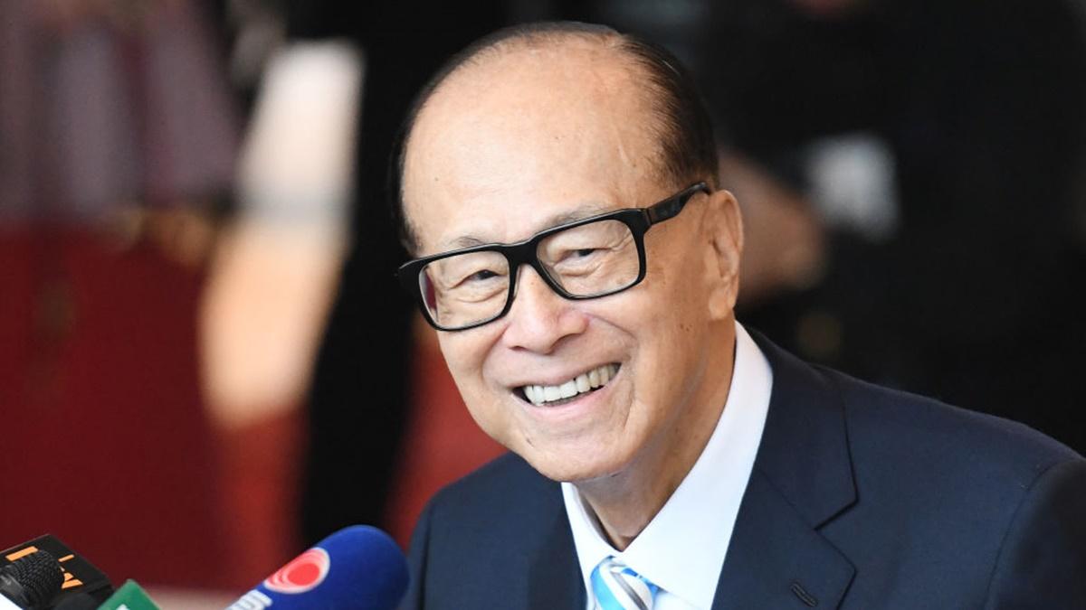 有法媒說,香港反送中持續百日,心急如焚的北京,忽然找到一個打擊的靶子--李嘉誠,連日來,黨媒痛斥香港問題的病根是房產問題。圖為資料圖片。(ANTHONY WALLACE/AFP/Getty Images)