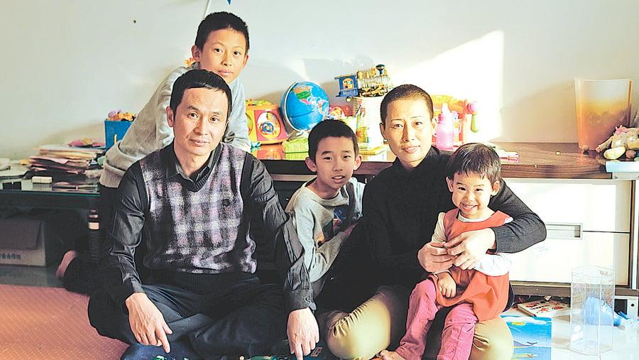 「709」律師謝燕益與妻子原珊珊 一個被監控十五年的中國家庭 1