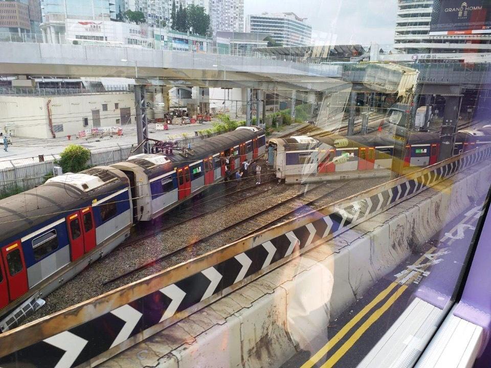2019年9月17日,港鐵東鐵線一架駛往紅磡站方向的列車出軌,列車損毀斷開成兩截。(網絡圖片)