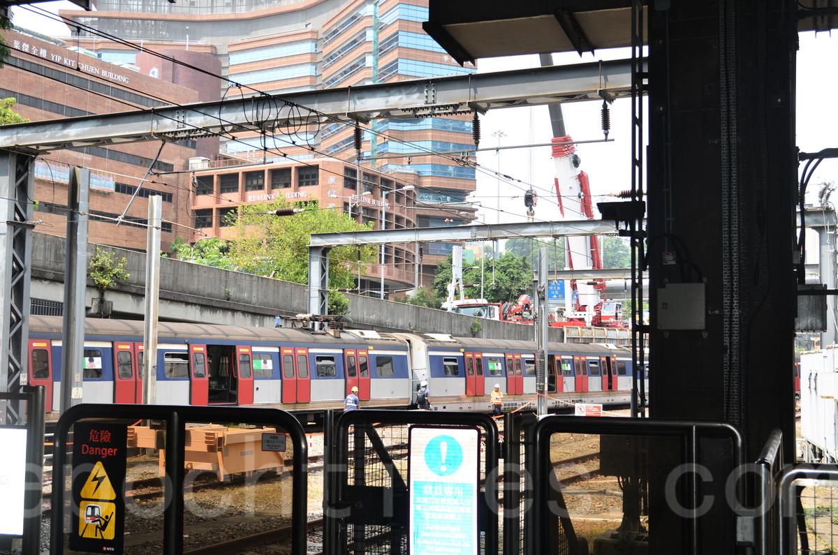 火車出軌現場,預計3-6個月可以提供調查報告(張潔/大紀元)