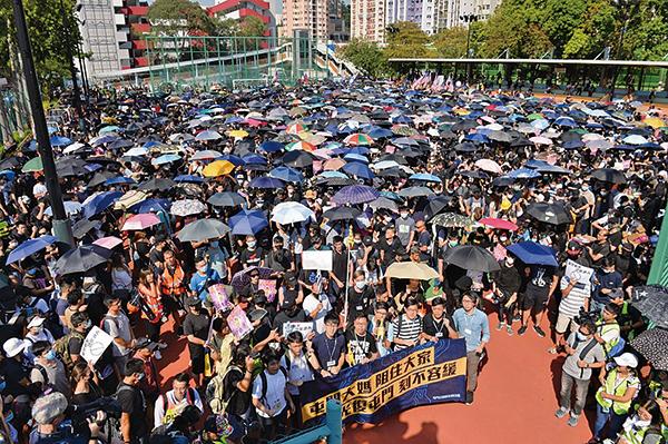 周六屯門遊行警方拘捕多名急救員