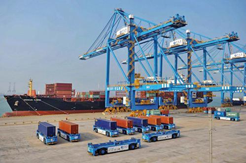 據專家分析,中共的經濟面臨著「三重威脅」 ,而貿易戰只是其中的一部份。圖為示意圖。 (Getty Images)